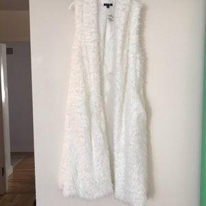 NWT Faux Fur Vest Kimono